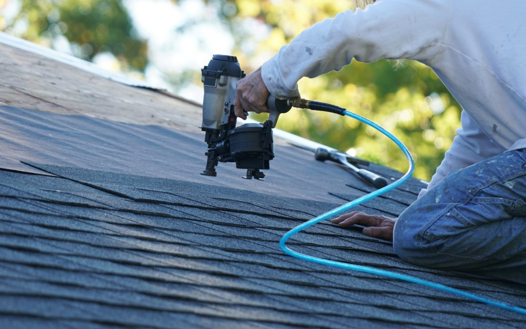 5 Common Signs of Roof Damage